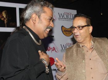 Hariharan and Dr. Mukul Dabholkar at Hariharan-Zakhir Hussain's Hazir 2 music album launch at Rude Lounge 1 (1)
