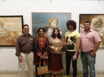 Mukul-Dabholkarwith-Artists-Devyani-Parikh,-Daksha-Khandwala,Sufi-Singer-Sahil-Multy-Khan-and-Artist-Ketik-Zaveri