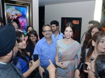 Dr-Mukul-Dabholkar-with-actress-kalki-koechlin-at-the-movie-premiere-of-margarita-with-a-straw