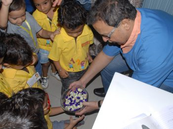 dr_mukul-with-kids